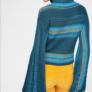 NWOT Free people close to me Pullover in Blue